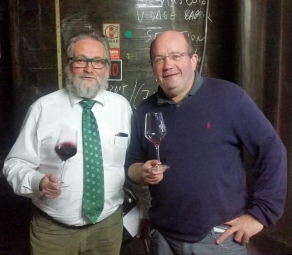 Avec Franck Léonor du Domaine de la Rouviole, un minervois à la CAVE CONSEIL LA DESTROUSSE à côté d'Aubagne