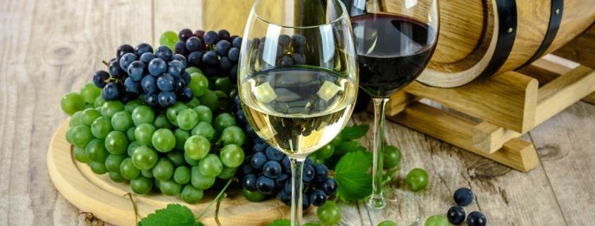 verre vin blanc et rouge